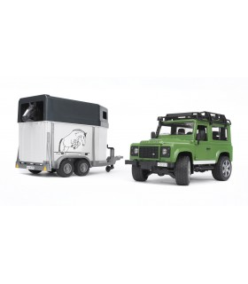 Land Rover Defender Station Cu Remorca De Cai