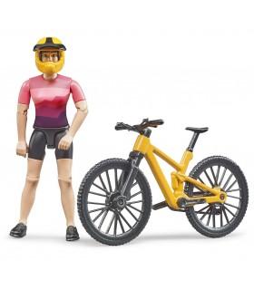 Ciclista Cu Bicicleta De Munte