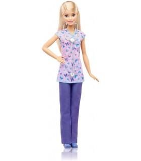 Barbie Cariere, Medic